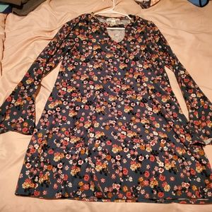 Eye Candy brand green floral dress size Large!